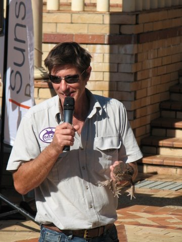 A Geckoes Wildlife Presentation with Martin Fingland and a Cane Toad: Educational and Entertaining